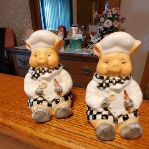 Dori Postlewait  1999 Chef Pig Salt & Pepper Shake